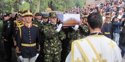 FOTO Nicolae Corneanu, mitropolitul Banatului, a fost condus pe ultimul drum