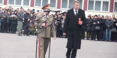 Klaus Iohannis, la ceremonia organizata la Sibiu in memoria victimelor accidentului de la Stejaris
