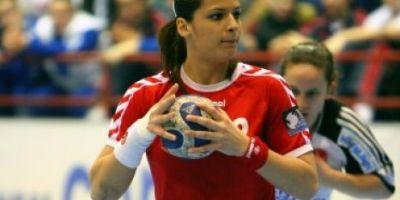 Cea mai buna handbalista a Romaniei din meciul cu Danemarca a fost la un pas de moarte anul trecut, pe teren, la Mondiale