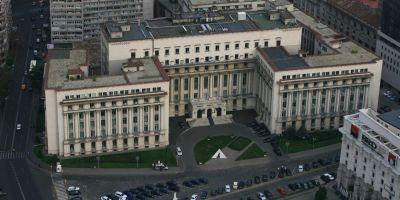 Secretarul de stat Mihai Sova si consiliera Ingrid Mocanu Popa, concediati din Ministerul de Interne