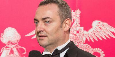 Directorul Operei Romane, Razvan Ioan Dinca, a fost retinut pentru abuz in serviciu, alaturi de un alt angajat al institutiei
