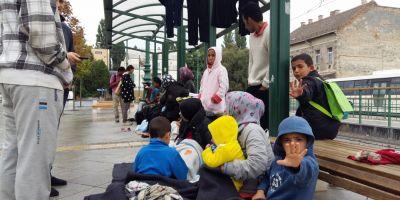 REPORTAJ Dramele refugiatilor care au luat cu asalt Ungaria. Maghiarii -
