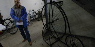 Cum aratau primele biciclete ale bucurestenilor si ce reguli speciale respectau oamenii care le foloseau in anii 1800