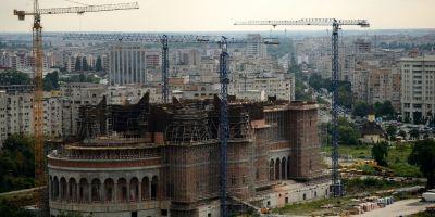 Guvernul Ciolos nu da niciun ban pentru constructia de biserici in 2016. Patriarhul Daniel reactioneaza: Statul sa ne dea inapoi proprietatile luate abuziv