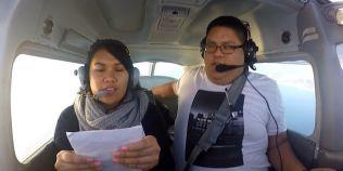 A vrut sa-si ceara iubita in casatorie in avion, dar a trebuit sa aterizeze de urgenta: continuarea a devenit viral