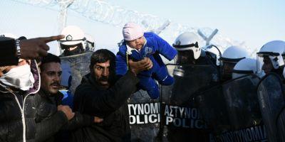 UE acorda Greciei trei luni pentru a solutiona problemele de la frontiera, riscand altfel suspendarea din Schengen