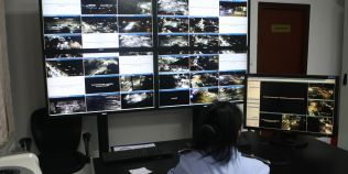 Cum riscam sa devenim suspecti, conform expertilor care analizeaza imaginile de la camerele video stradale