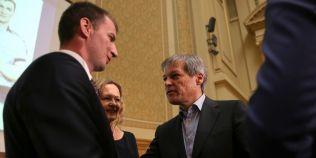 Politistul Marian Godina si-a lansat cartea sustinut de premierul Ciolos