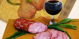 Doi studenti romani au creat salamul dietetic, bogat in proteine cu valoare nutritiva ridicata