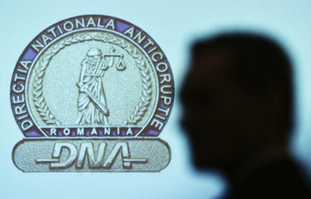 Denunt PENAL la DNA impotriva candidaturii Gabrielei Firea, lui Catalin Predoiu si Cristian Popescu PIEDONE