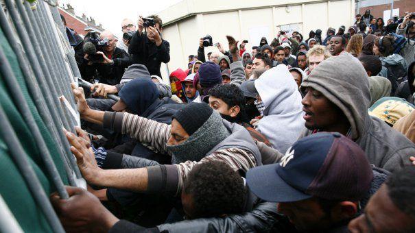 Noaptea mintii: Consiliul Europei INCURAJEAZA imigratia ILEGALA
