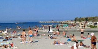 Peste 70.000 de turisti se afla in acest weekend pe litoral: Mamaia si Vama Veche, cele mai aglomerate statiuni