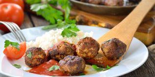 Cum se prepara chiftelele manastiresti din fasole, o reteta vegetariana care te face sa uiti de carne