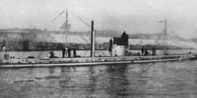 Tragedia scufundarii cargoului Bistrita de catre un submarin german. Nava era incarcata cu munitie pentru razboi