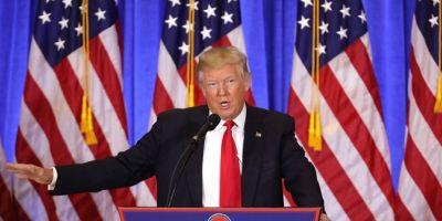 VIDEO Trump plateste aplaudaci