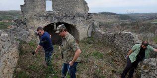 Monument vechi de peste 500 de ani, aproape de disparitie. Actiune pentru salvarea bisericii de la Garbova de Sus