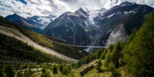 FOTO VIDEO Imagini cu cel mai lung pod din lume, inaugurat in Elvetia