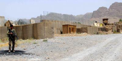 Trei militari romani au fost raniti in Afganistan