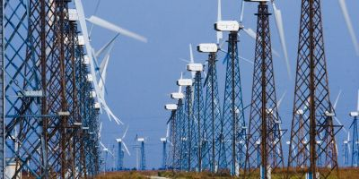 Decizie majora pentru dezvoltatorii de parcuri eoliene: Stalpii turbinelor nu pot fi impozitati precum cladirile