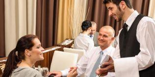 Reguli nescrise de bune maniere intr-un restaurant: care sunt cele mai grave greseli ale clientilor