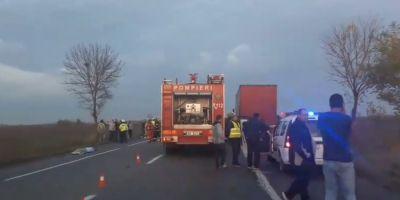 Cinci victime intr-un accident intre Sindrilita si Lilieci, la 50 de kilometri de Capitala. Patru pacienti cu politraumatisme, adusi in Bucuresti
