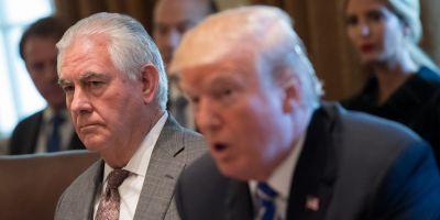 Donald Trump urmareste inlocuirea lui Rex Tillerson de la sefia Departamentului de Stat, sustin mai multi oficiali