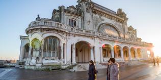 VIDEO Restaurarea Cazinoului din Constanta, la a patra strigare. Situatia este critica