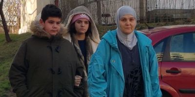 Marturia mamei baiatului batut de trei femei in scoala: