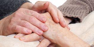 Tindem sa identificam boala Parkinson dupa tremor. Sapte din 10 romani nu au fost niciodata la un consult